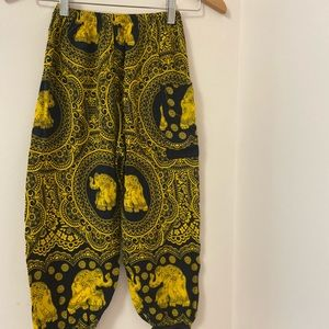 Girls jogger pants fr Thailand. XL. W/side pockets